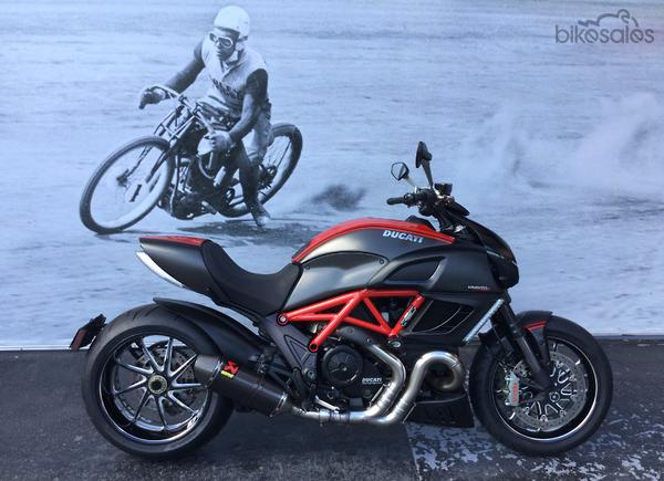 Black Ducati Diavel Carbon Abs Red Motorcycles For Sale In Australia