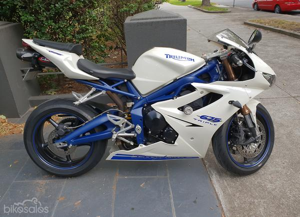 Triumph Daytona 675 Se Motorcycles With Manual Transmission For Sale
