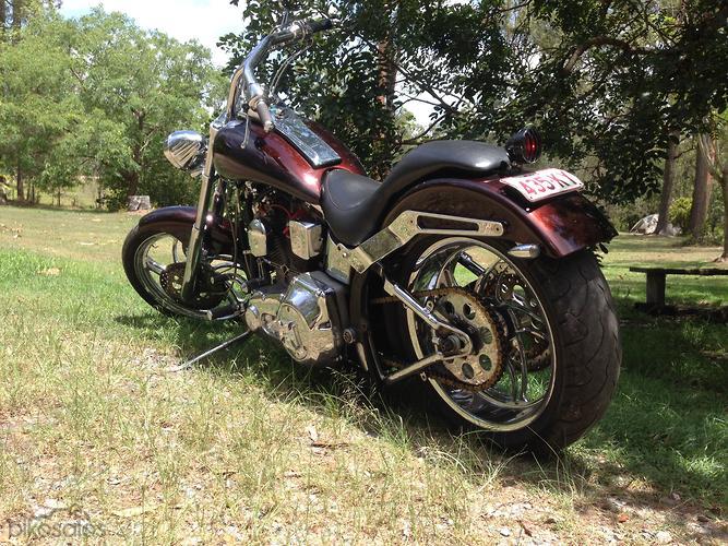 Harley-Davidson Heritage Softail Classic 1340 (FLSTC