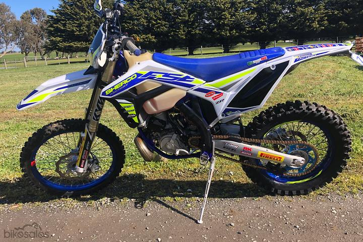 Enduro 2 Stroke Dirt Bikes with Registration for Sale in