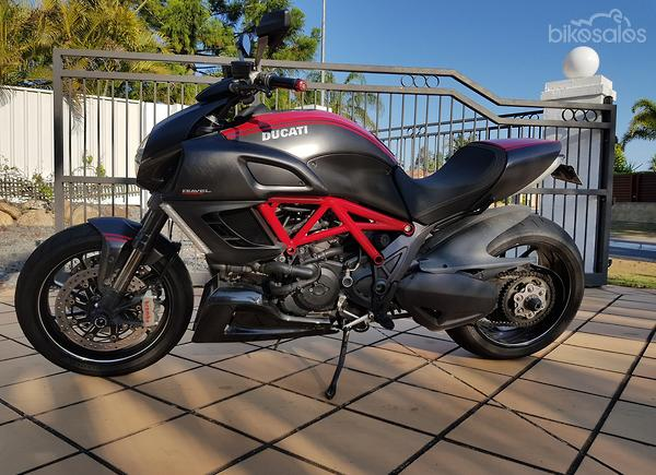Used Ducati Diavel Carbon Abs Red Cruiser Road Bikes For Sale In
